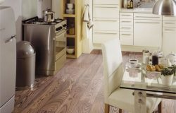 Laminate 12mm AC5/33 Brand ash Germany με αρμούς V4.ΑΠΟ €22,80 ΜΟΝΟ €16,5/m2 (29m2).