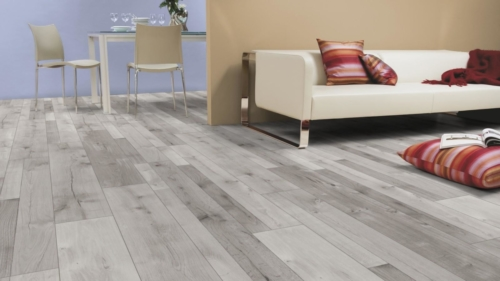JE326404 Laminate Oak Farco Cogy 8mm, V4, AC4/32. Από €13,90 Μόνο €11,40+ΦΠΑ