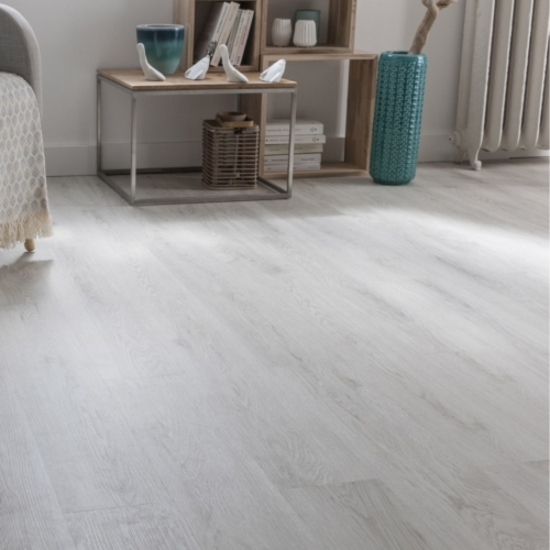JE677194 Laminate Oak grey Geelong, 7mm, AC3/31. Από €10,40/m2 Μόνο €7,90/m2.