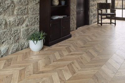 JE154378 Laminate Oak Fortress Rochesta V4, 8mm, AC4/32. Από €14,90 Μόνο €12,40/m2.