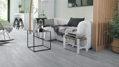 JG122122 Laminate grey oak  7mm, AC3/31. Από €10,40 μόνο €7,9/m2.