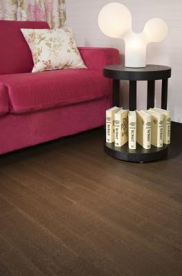 Ξύλινο προγυαλισμένο δάπεδο Φιλανδίας Oak Baritone , πάχος 14mm, 3strip . Από €36 μόνο €24.80/m2+ΦΠΑ 24%.