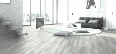 JE356350 laminate oak grey 3 strip 8mm ac4/32 Από €13,9/μ2 Μόνο €9.6μ2!!!!
