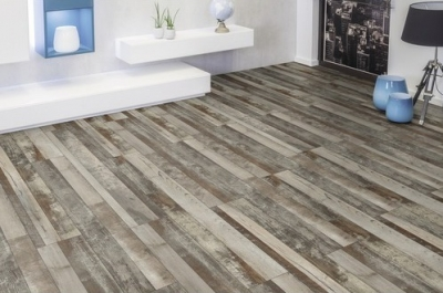 JE285272 Laminate Wildly Pine V4, 8mm, AC4/32, φαρδιά σανίδα 24cm. Από €15,40 Μόνο €12,90/m2.